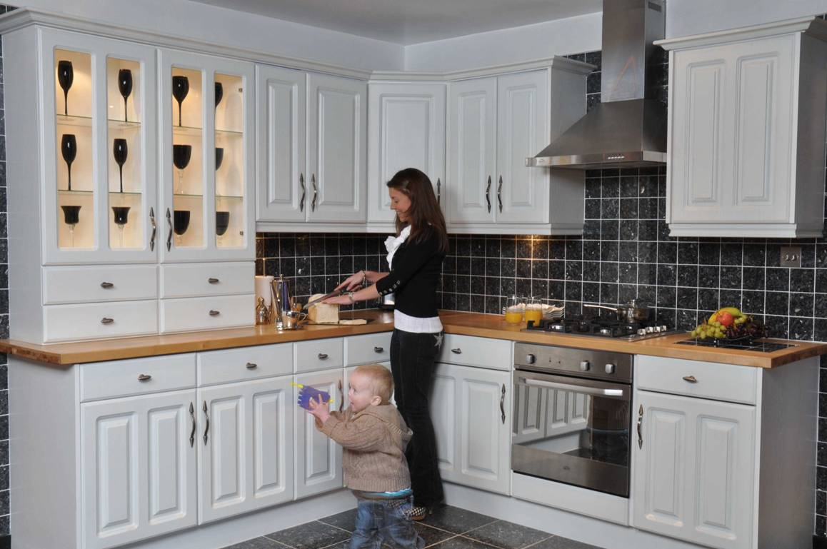 Kitchens northumberland cheap kitchens northumberland for White kitchen units for sale